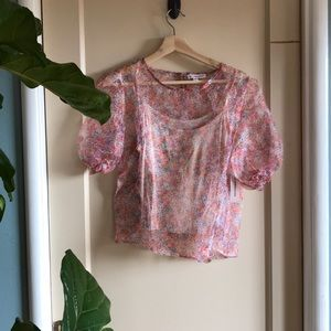 NWT Roommates sheer floral puff sleeve top